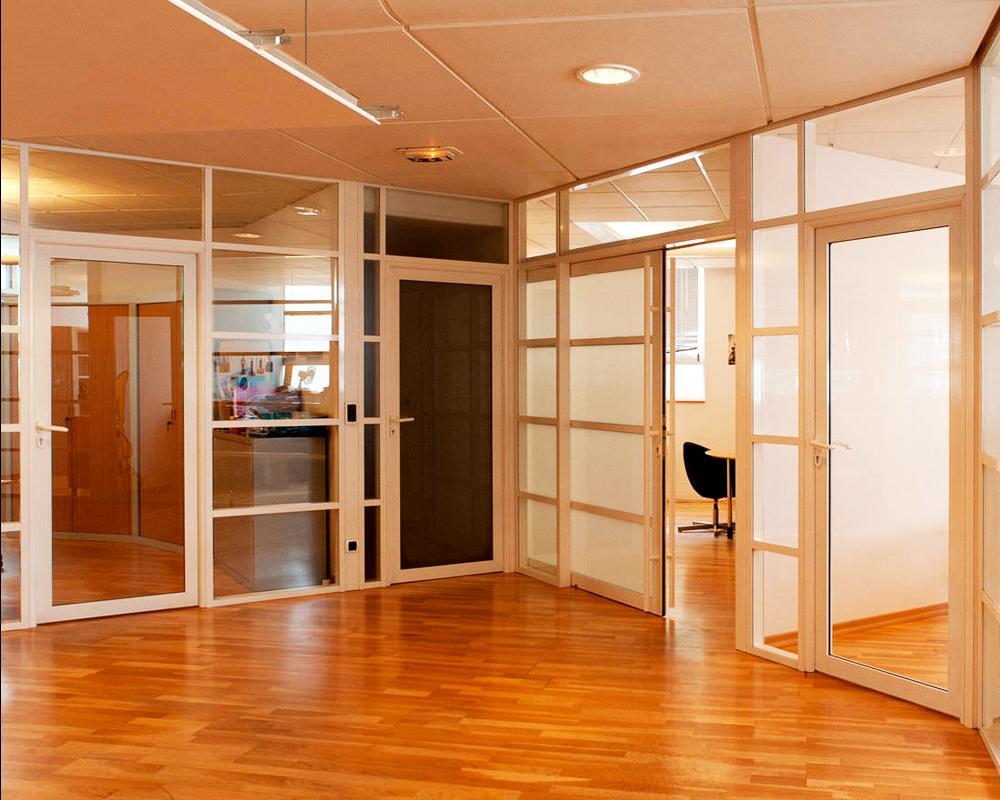 Алюминиевые двери для офиса