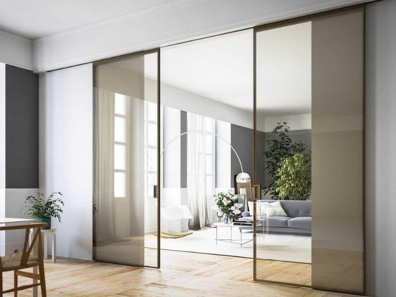Раздвижные стеклянные двери купить в Москве